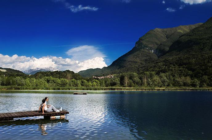 Lago di piano splendida riserva naturale sul lago di como for Lotti in piano casa fronte lago