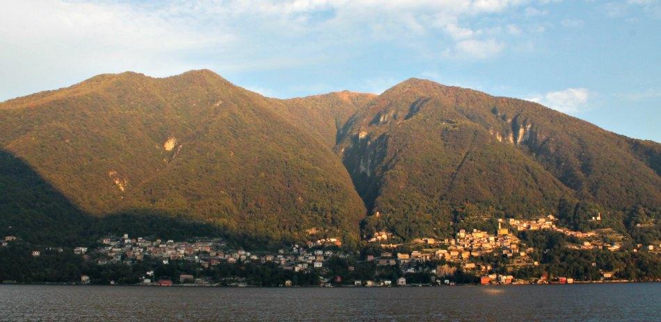 I colori del Foliage sul lago di Como