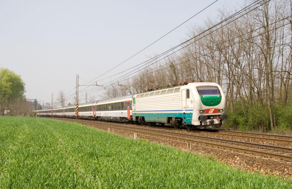 treno per carimate