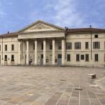 Teatro Sociale a Como: la nuova stagione dedicata all'amore